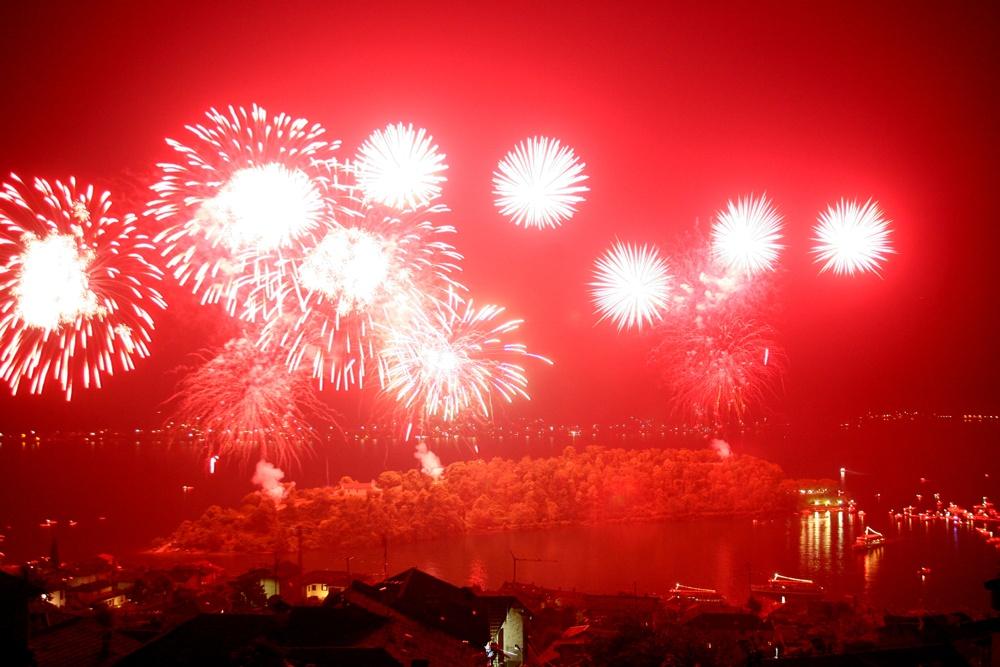 Sagra di San Giovanni 2015 - Isola Comacina fuochi d'artificio